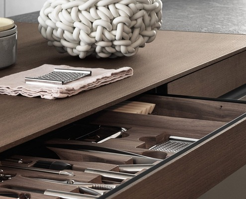 Quality imported kitchen's wooden drawer with silver cutlery